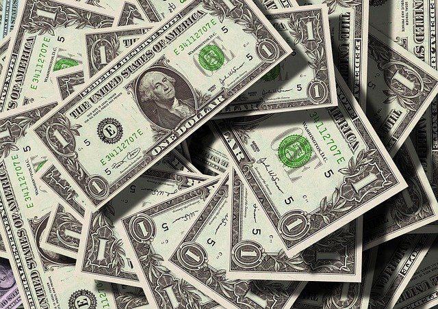 Pożyczka na dowód przez internet – co warto wiedzieć.