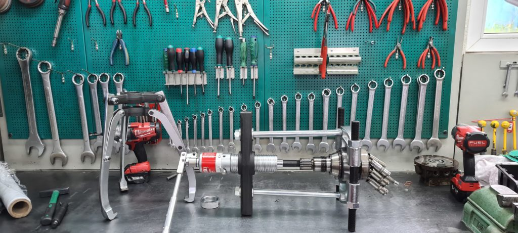 Rozdzielacze hydrauliczne – budowa i zastosowanie