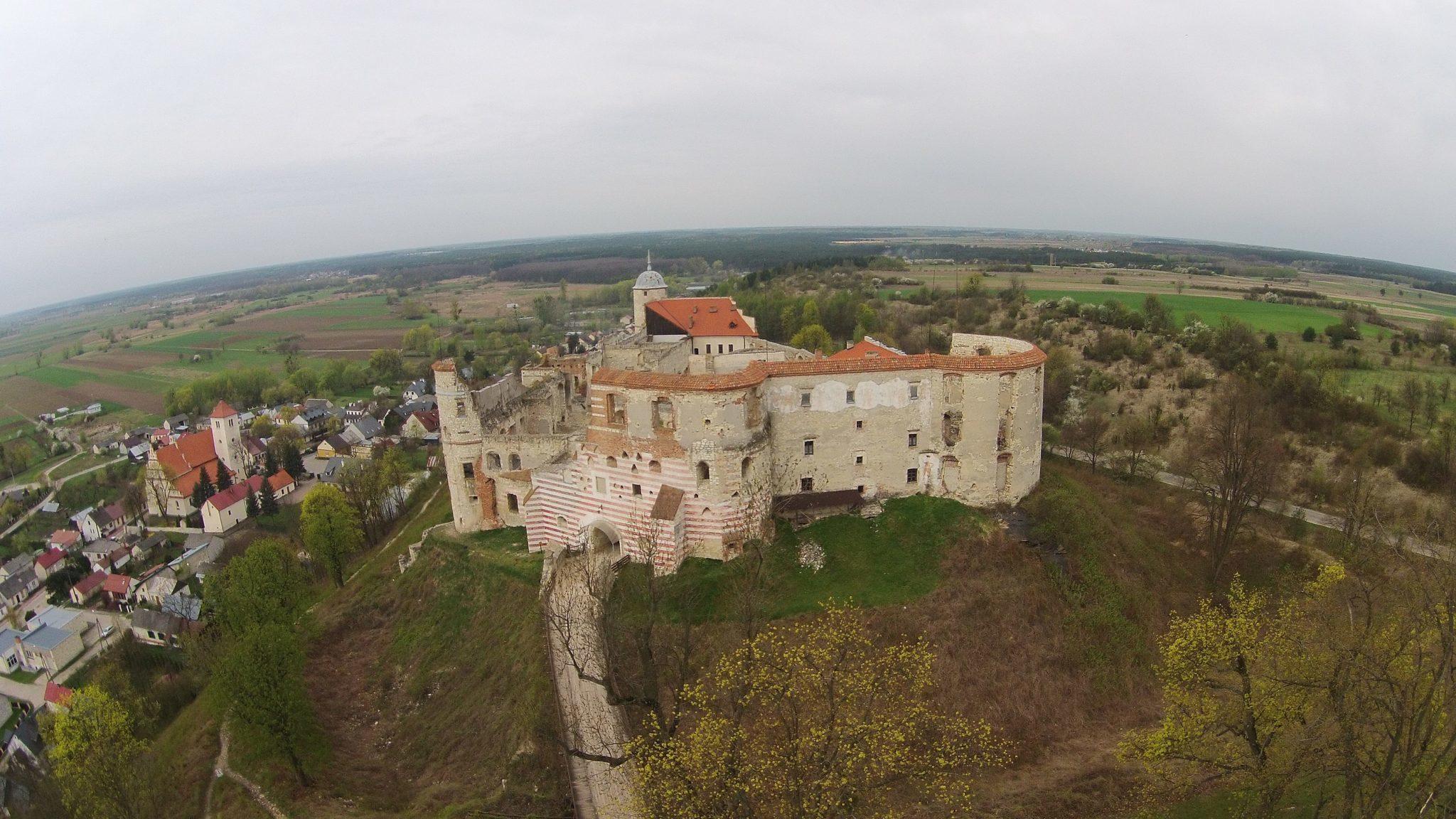 Zamek niedaleko Kazimierza Dolnego