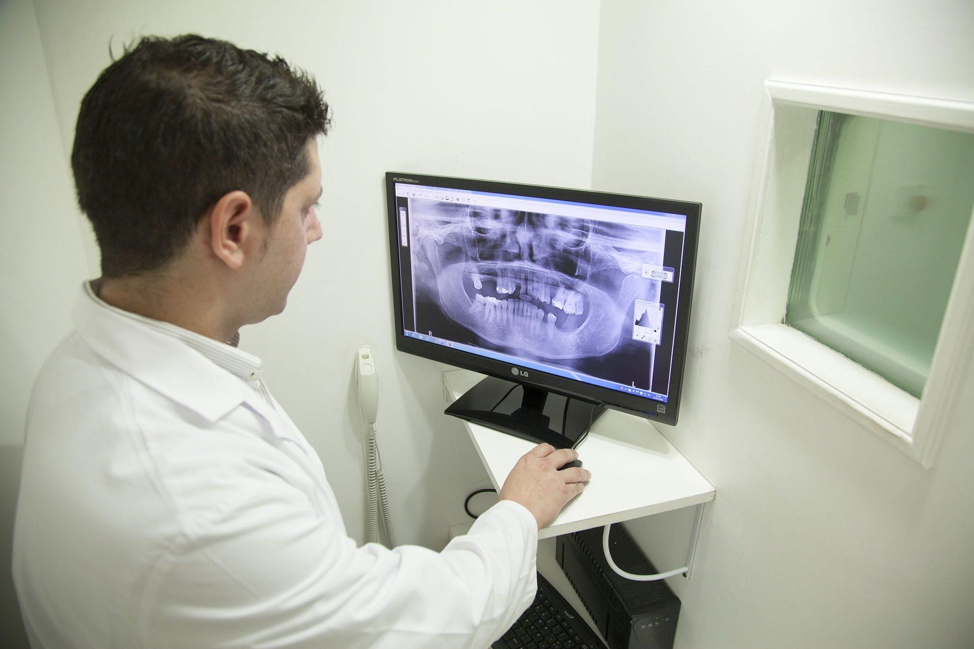 RTG zębów podstawą diagnostyczną w stomatologii